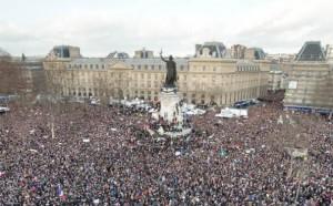 Paris demo jJO0A3tOcAroGo--ARpJK-XFOGEZlMgivMzL-DKLLRHn=w596-h370-no